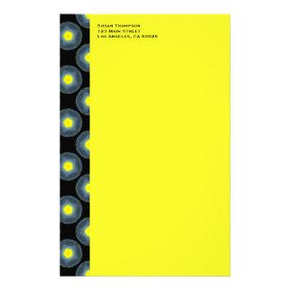 schwarzes graues gelbes Muster Briefpapier