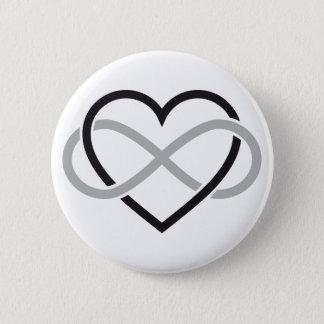 Schwarzes Herz mit Unendlichkeitszeichen Runder Button 5,7 Cm