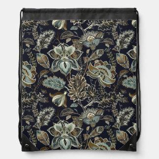 Schwarzes Hintergrundmuster antiker Paisley-Blumen Turnbeutel