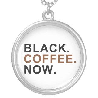 Schwarzes. Kaffee. Jetzt. - Erste Sachen zuerst - Versilberte Kette