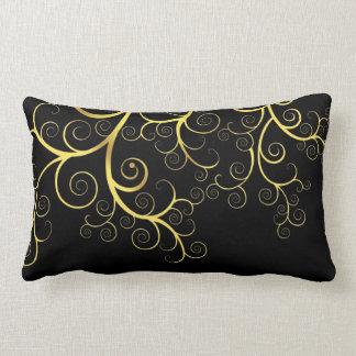 Schwarzes Kissen mit extravaganter goldener s twir