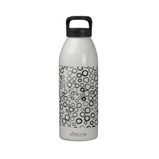 Schwarzes kreist kleine Blasen-Wasser-Flasche ein Trinkflasche
