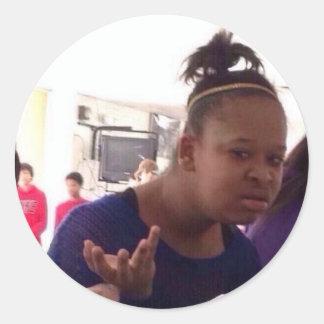 Schwarzes Mädchen welches meme Runder Aufkleber