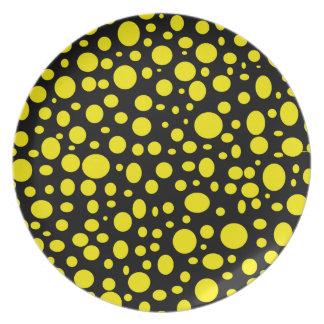 Schwarzes Meer der gelben Blasen-Platte Flache Teller