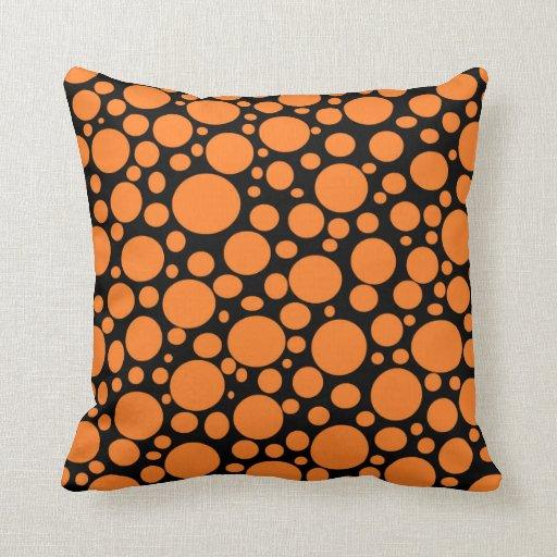 Schwarzes Meer des orange Blasen-Kissens Kissen