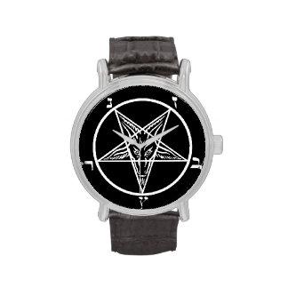 schwarzes Metallbaphomet sigil satan Uhr