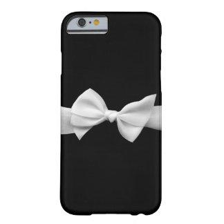 Schwarzes mit weißer Bandbogen grafischem iPhone 6 Barely There iPhone 6 Hülle