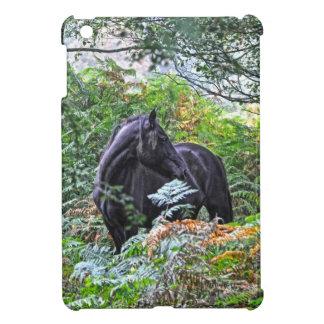 Schwarzes neues Waldpony u. Wald Großbritannien iPad Mini Hülle