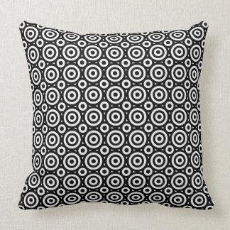 Schwarzes u. weißes geometrisches Kreis-Muster Kissen