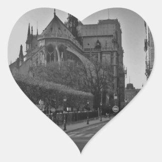 Schwarzes u. weißes Paris Notre Dame Herz-Aufkleber
