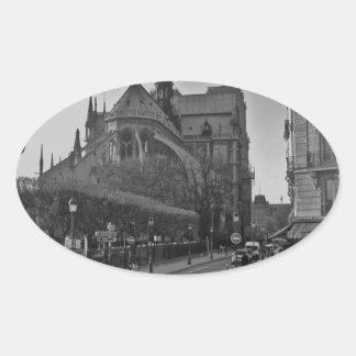 Schwarzes u. weißes Paris Notre Dame Ovaler Aufkleber