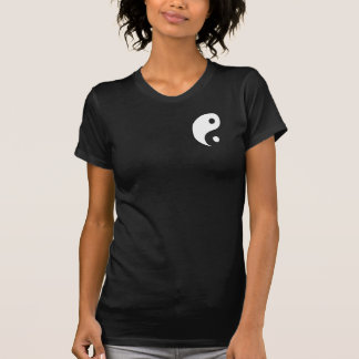 Schwarzes u. weißes Yin Yang Symbol T Shirt