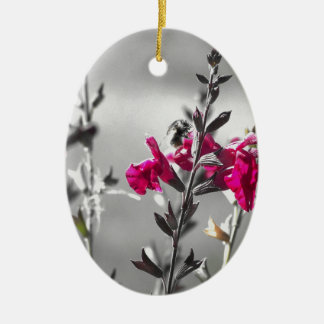 Schwarzweiss-Biene Keramik Ornament