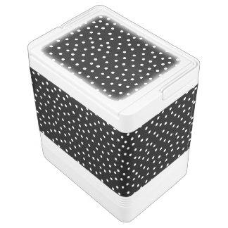 Schwarzweiss-Confetti-Punkt-Muster Kühlbox