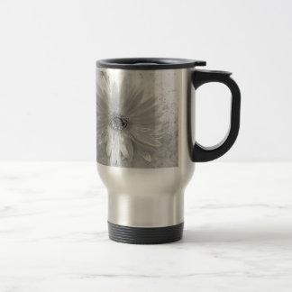 Schwarzweiss-Gänseblümchen Kaffee Tasse