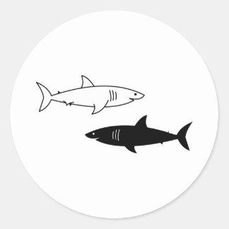 Schwarzweiss-Haifisch-Aufkleber Runder Aufkleber