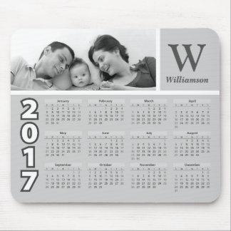 Schwarzweiss-Kalender 2017 des Familien-Foto-| Mousepad