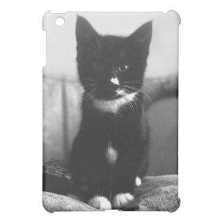 Schwarzweiss-Kätzchen Hüllen Für iPad Mini