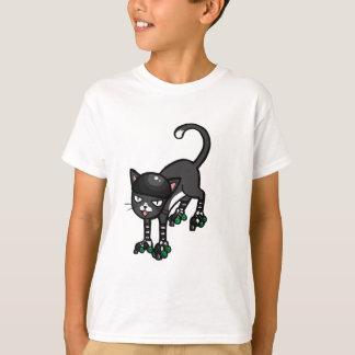 Schwarzweiss-Katze auf Rollerskates T-Shirt