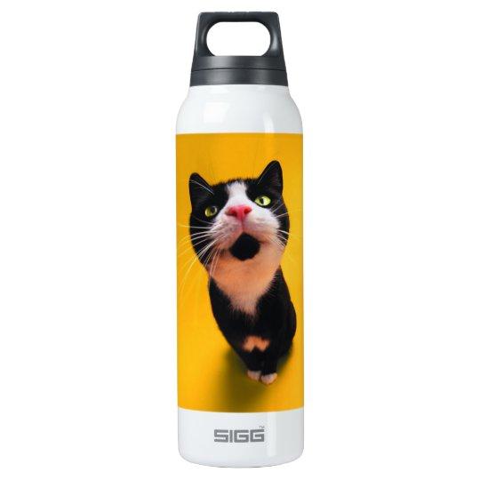 Schwarzweiss-KatzeSmoking Katzehaustier Isolierte Flasche
