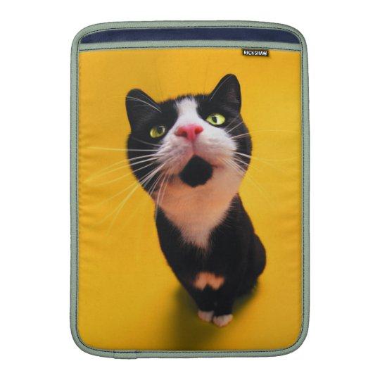Schwarzweiss-KatzeSmoking Katzehaustier MacBook Sleeve