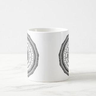 Schwarzweiss-Mandala mit yin Yang Kaffeetasse