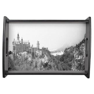 Schwarzweiss-Neuschwanstein-Schloss im Winter Tablett