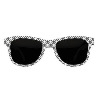 Schwarzweiss-Quadrate und Tupfen Sonnenbrille