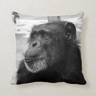 Schwarzweiss-Schimpanse-Kissen Kissen