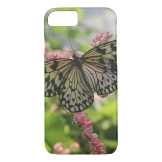 Schwarzweiss-Schmetterling auf rosa Blumen iPhone 8/7 Hülle