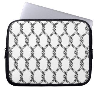 Schwarzweiss-Seeseil-Muster Laptop Sleeve