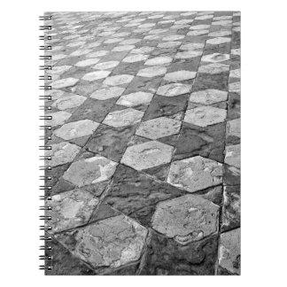 Schwarzweiss-Stern-gemustertes Notizbuch Spiral Notizblock
