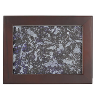 Schwarzweiss-Tinte auf lila Hintergrund Erinnerungsdose