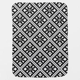 Schwarzweiss-Weihnachtsschneeflocke-Muster Babydecke