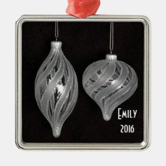 Schwarzweiss-Weihnachtsverzierungen Quadratisches Silberfarbenes Ornament