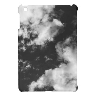 Schwarzweiss-wolkiges Wetter iPad Mini Hüllen