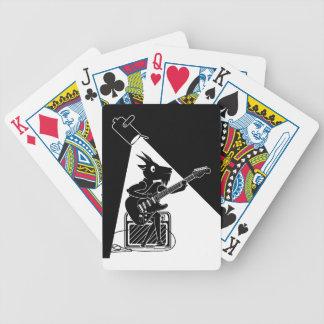 Schwarzweiss-Ziege, die Gitarre spielt Bicycle Spielkarten