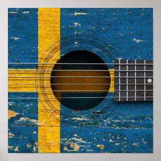 Schwedische Flagge auf alter Akustikgitarre Poster
