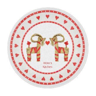 Schwedische Stroh-Ziege und Herzen personalisiert Schneidebrett