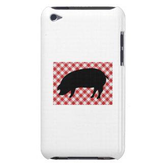 Schwein-Silo auf rotem und weißem kariertem Gewebe iPod Touch Hülle