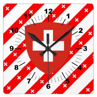 Schweizer stripes Flagge Quadratische Wanduhr