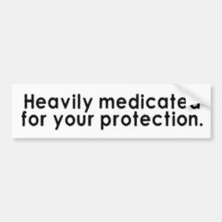 Schwer medizinisch behandelt für Ihren Schutz Autoaufkleber