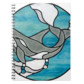 Schwertwal-Wal-Buntglas-Kunst-Entwurf Spiral Notizblock