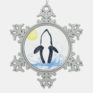 Schwertwalmond Schneeflocken Zinn-Ornament