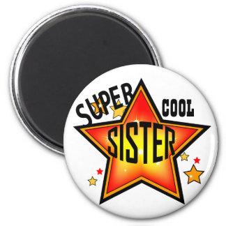 Schwester-super cooler Stern-lustiger Magnet Runder Magnet 5,7 Cm