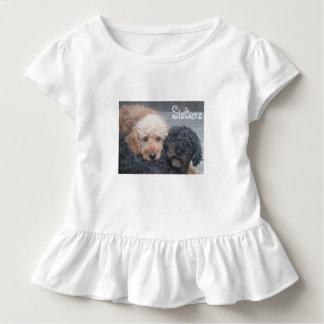 Schwestern - blond u. brünett kleinkind t-shirt