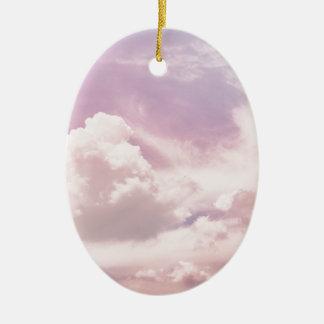 Schwimmen auf flaumige lila Wolken Keramik Ornament