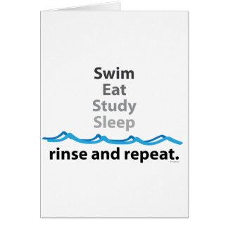 Schwimmen, isst, studiert, schläft… Spülen und Karte