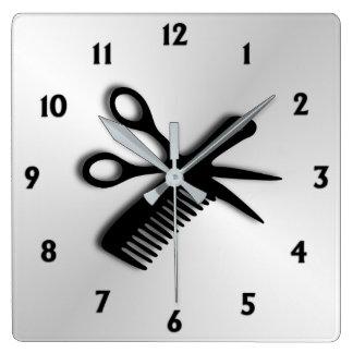 Scissor und kämmen Sie Quadratische Wanduhr