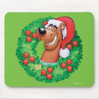 Scooby im Kranz Mousepad